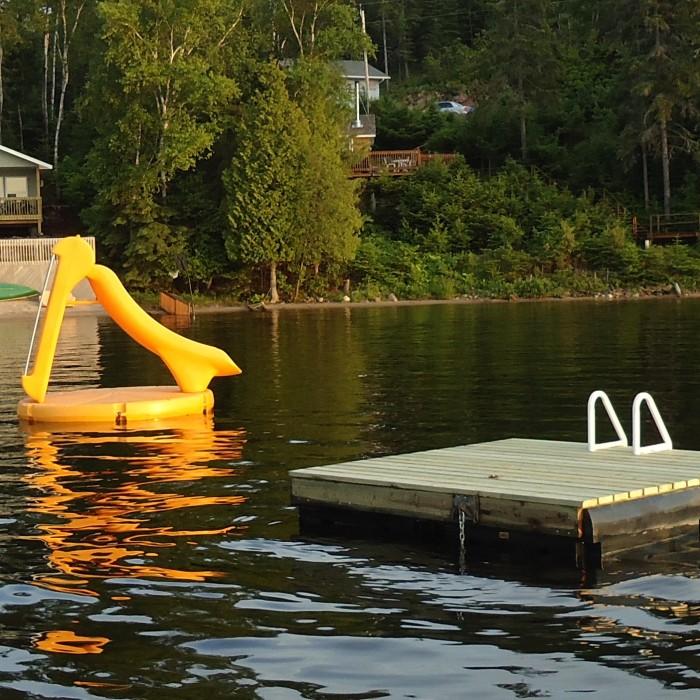 New swim raft